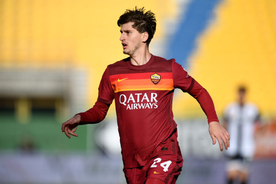 Roma, Pedro resta in pole e novità sul portiere: chi gioca e chi sta fuori, c'è Kumbulla