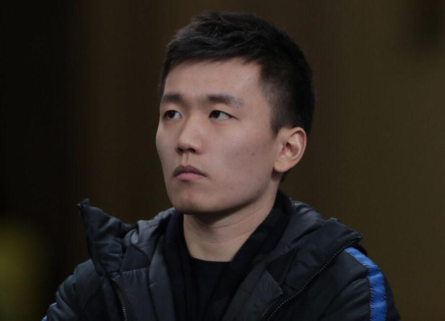 """Sky: """"Inter, cosa ha detto Zhang ai dirigenti: taglio dei costi, ecco la linea sul mercato. Conte…"""""""