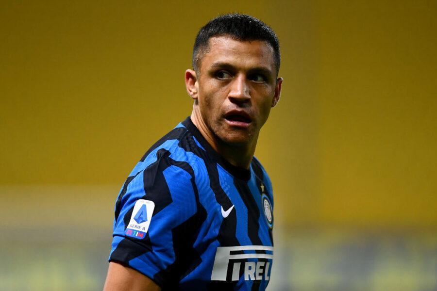 Inter, stop Sanchez: solo terapie per un problema al polpaccio. Già sos in attacco