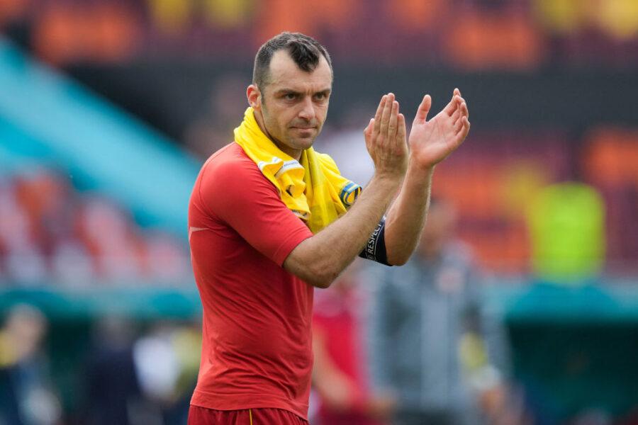 """Sky: """"Si ritira o gioca ancora? C'è la decisione finale di Pandev, la scelta sul futuro al Genoa"""""""