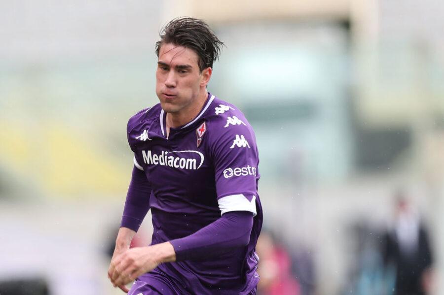 """Telegraph: """"Paratici vuole Vlahovic al Tottenham. Richiesta pure per Simy del Crotone"""""""