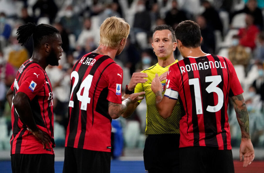 Milan, infortunio per Kjaer: fuori per un problema muscolare contro la Juve