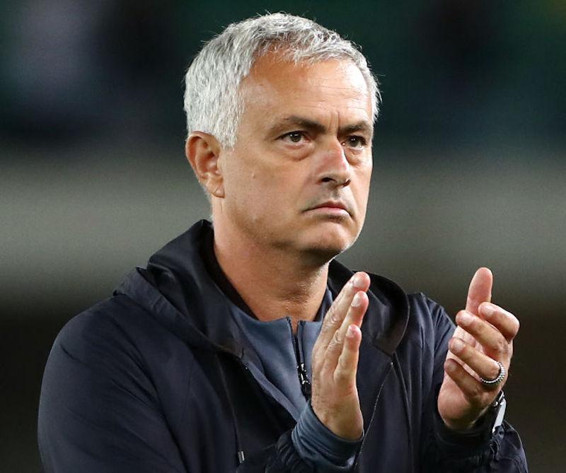 """Mourinho: """"Non mi avete chiesto di Vina, ma ci sarà! Pellegrini, cazzata dell'arbitro"""""""